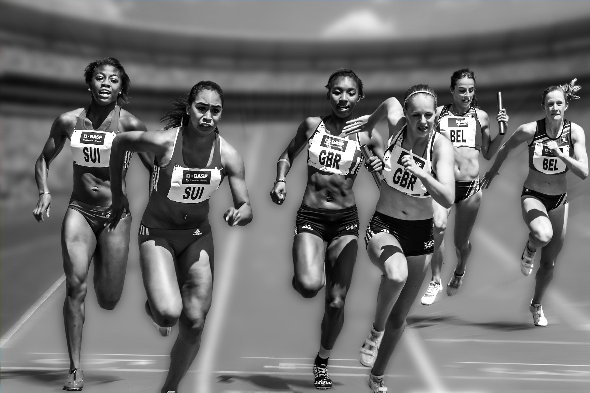 Women's_relay_race